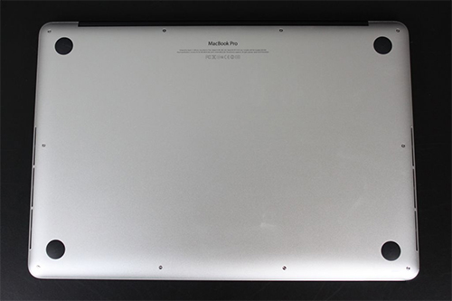 Apple MacBook Pro 2012 bottom