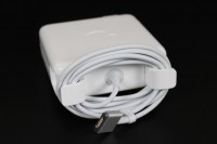 Apple MacBook Pro 2012 charging adapter