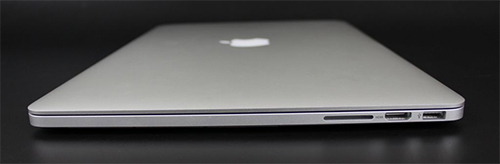 Apple MacBook Pro 2012 right ports