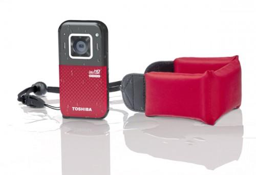 Карманная видеокамера Toshiba Camileo BW20 с поплавком