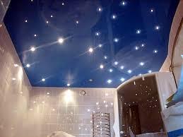 ukraste-svoj-natyazhnoj-potolok-blagodarya-svetodiodnoj-sisteme-zvezdnoe-nebo