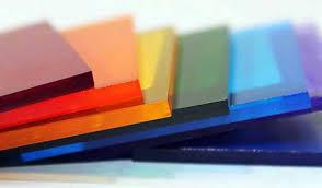 svojstva-i-primenenie-monolitnogo-polikarbonata